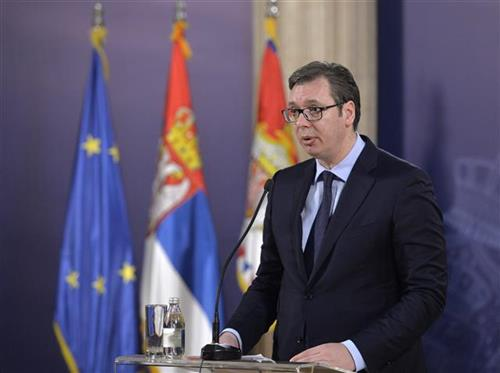 Vučić: Sastanak s timom za integracije pred put u Brisel