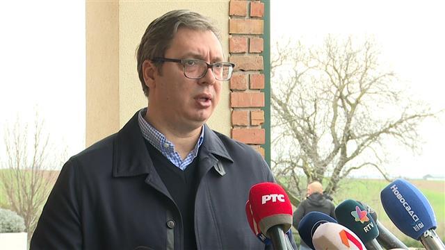 Vučić: Najbolje da me stave u izolaciju do 26. aprila...