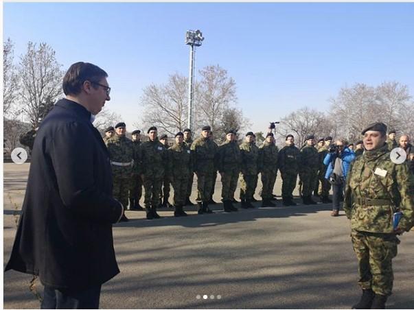Vučić: Za kratko smo mnogo uradili,sledi povećanje plata vojnicima