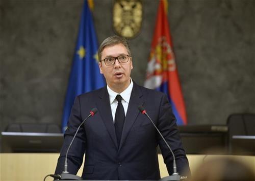 Vučić pozvao na kampanju bez nasilja i poštovanje protivnika
