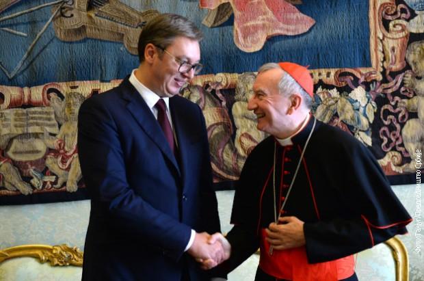 Vučić sa kardinalom Parolinom