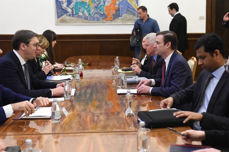 AP o poseti Hejla: Poziv Beogradu i Prištini da prekinu sa provokacijama