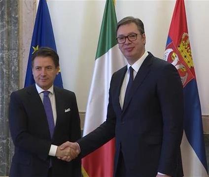 Vučić sa Konteom: Srbija spremna za razgovore sa Prištinom, koji bi možda vodili nekakvom sporazumnom rešenju
