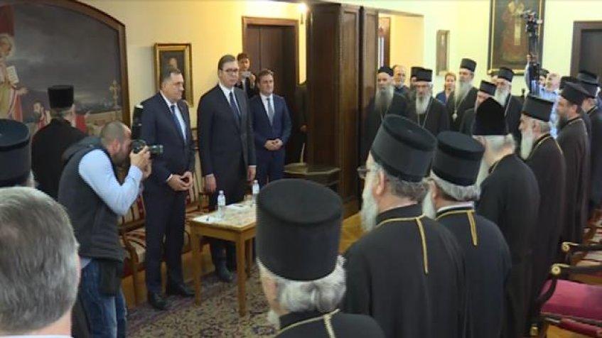 Vučić na Saboru SPC, sa vladikama o Kosovu i Metohiji...