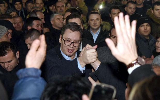 Vučić: Građani znaju kako se troši novac za KiM