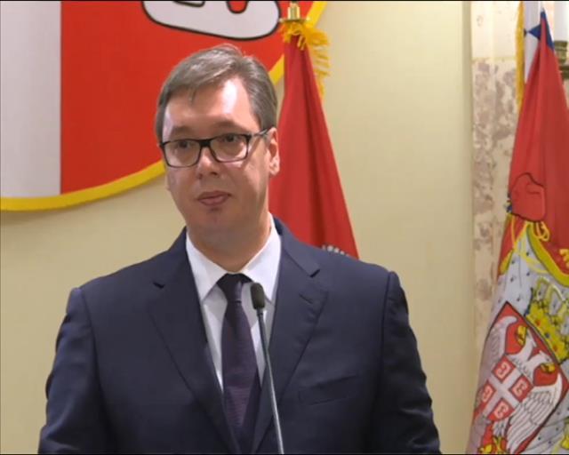 Vučić: Svi građani Srbije su tužni zbog Notr Dama