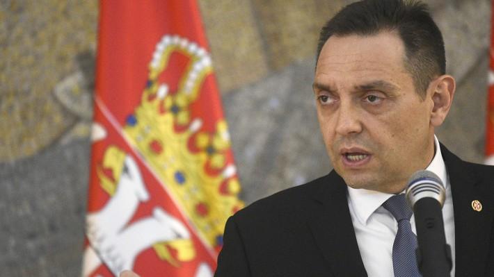 Ministar Vulin: Vrhovni komadant vojske i predsednik Srbije Aleksandar Vučić će pre ostaviti glavu nego Srbiju