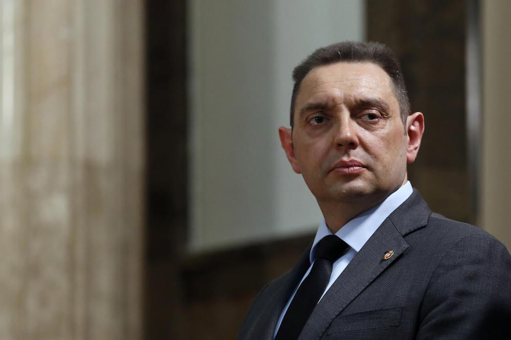 Ministar Vulin: Već godinama slušamo Obradovićeve laži