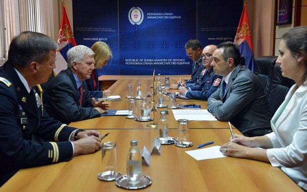 Vulin se sastao sa Skotom uoči završetka mandata ambasadora SAD u Srbiji