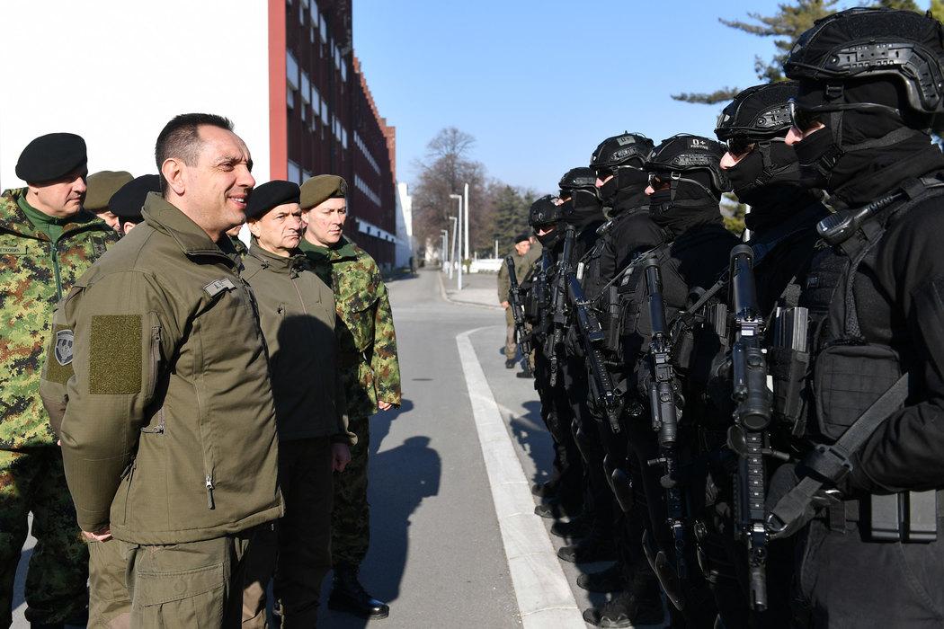 """Vulin: Nova balistička oprema za pripadnike """"Kobri"""" iz domaće proizvodnje"""