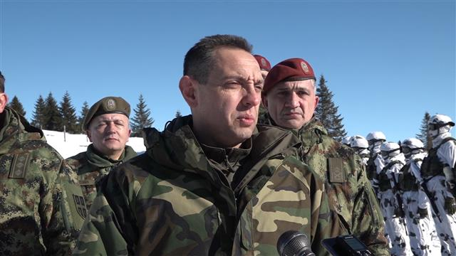 Vulin: Vojska se obučava i za teške zimske uslove