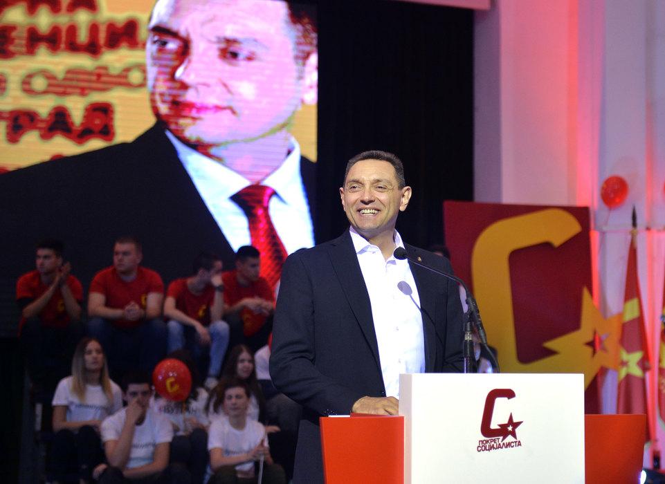 Vulin: Bitna je pobeda Vučićeve politike, nevažne funkcije