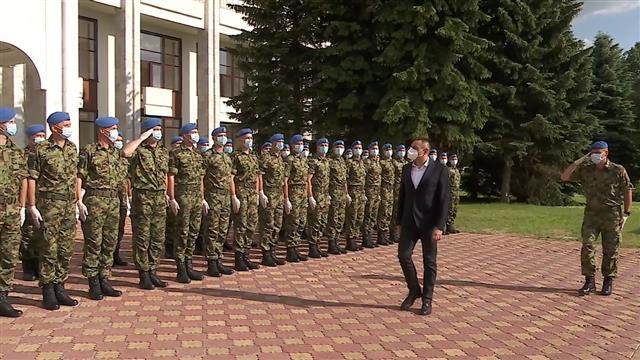 Vulin obišao u Moskvi pripadnike Garde VS, učesnike Parade