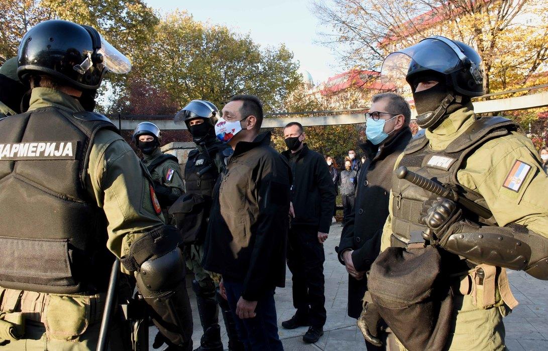 Vulin: Srbija neće prepustiti ni centimetar svoje teritorije