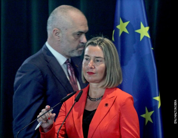 Albanija, opozicija optužuje, Rama ne podnosi ostavku