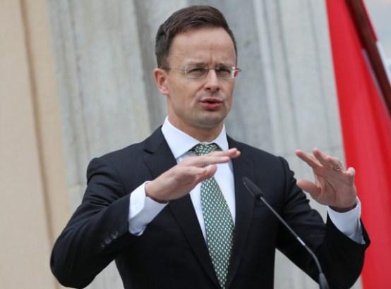 Sijarto: Srbiji dati članstvo u EU pre 2025.