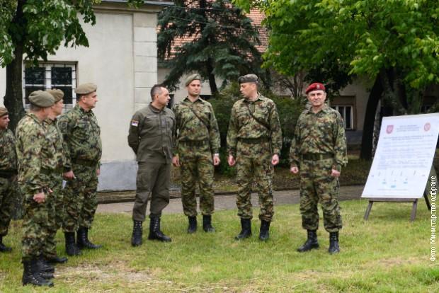 Vulin: Sve jedinice Vojske Srbije neprekidno se obučavaju