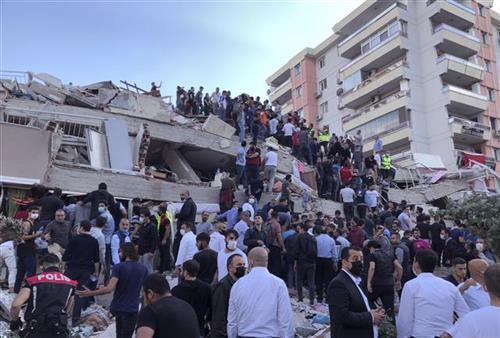 Turska: U zemljotresu poginule četiri osobe, 120 povređeno