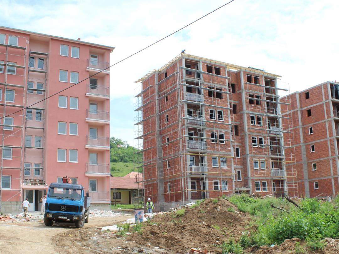 Kosovskomitrovački upravni okrug: Rešavanje stambenih problema prioritet